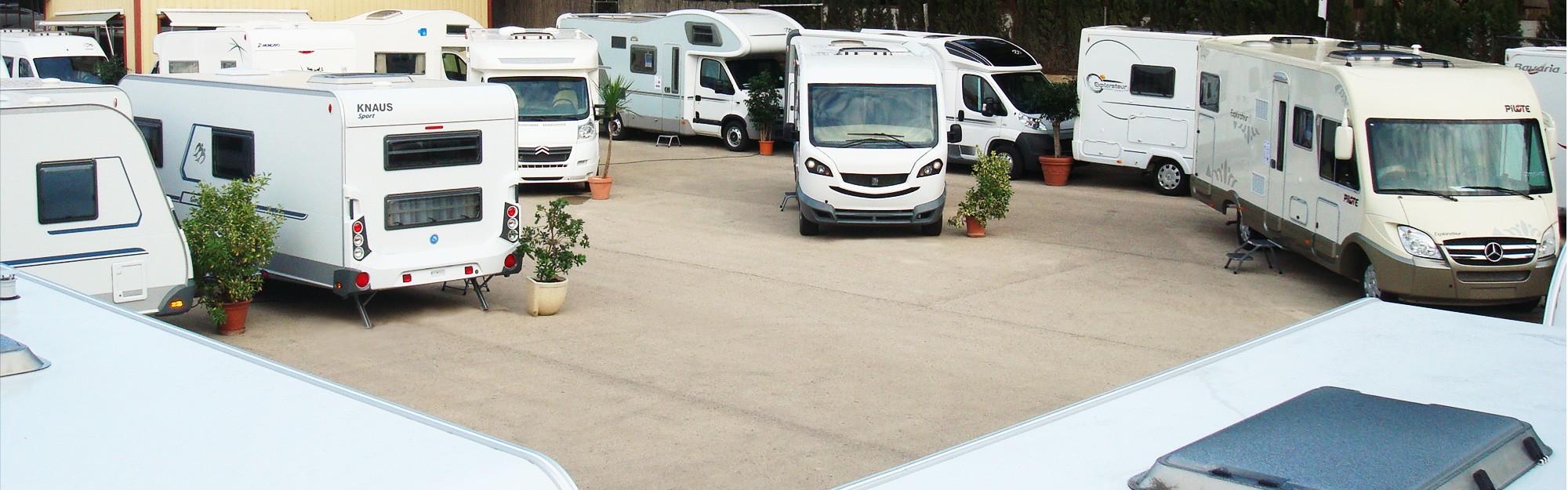 Caravanas y autocaravanas en exposición en Valencia